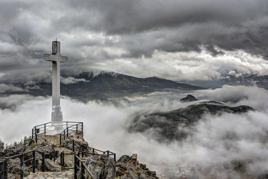 La realeza de Cristo y la cruz son inseparables